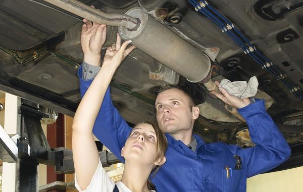 Abgasanlagen und -systeme